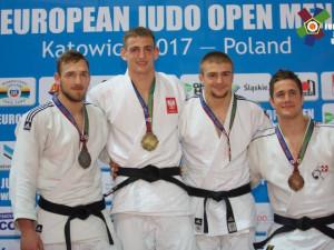 Zleva: Žilka Peter (SVK), Kuczera Piotr (POL), Klammert David (CZE), Grossklaus Ciril (SUI)