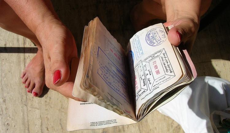 Plánujete ještě dovolenou? Zjistěte si předem, kam můžete jet bez pasu a kam potřebujete i vízum