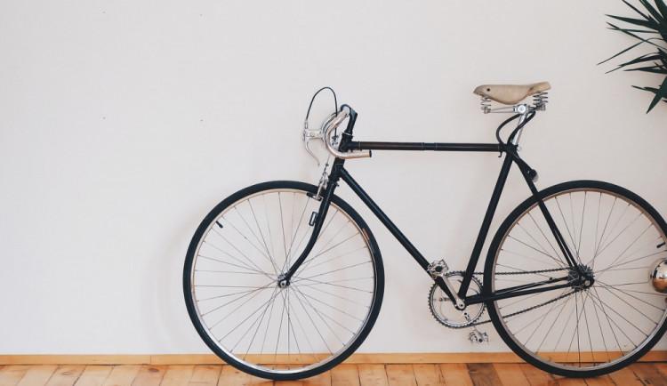 Muž si půjčil od kamaráda kolo, které prodal. Dostal se do finanční tísně