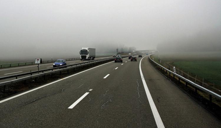 Řidič kamionu s třemi promile v krvi, který havaroval na dálnici u Prostějova, byl obžalován