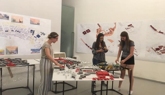 Studenti vystavují v Galerii Caesar proměnu olomoucké Třídy Svobody