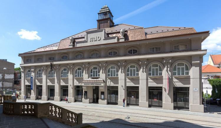 Staněk vyhlásil výběrové řízení na nového ředitele Muzea umění. Odvolání je neplatné, my svého ředitele máme, zní z muzea