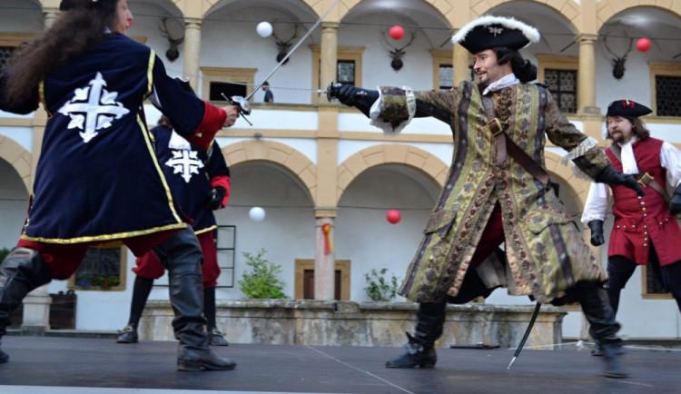 VÍKEND PODLE DRBNY: Užijte si barokní slavnosti, zhlédněte závod crossfiterů nebo zajděte na hrad Šternberk