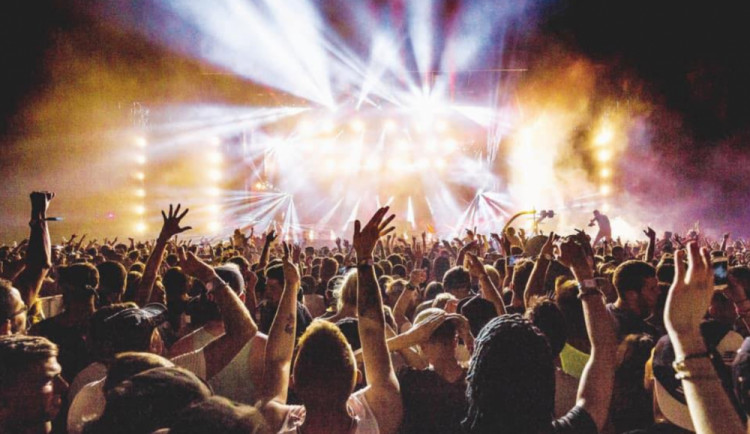 VÍKEND PODLE DRBNY: Vychutnejte si skvělou hudbu na festivalu Blackout nebo se s dětmi projděte pohádkovým lesem