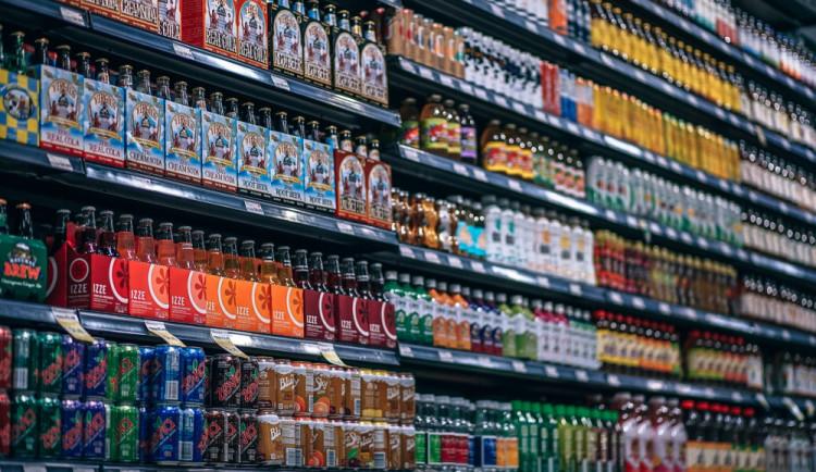 Recidivista ukradl v olomouckém supermarketu vlhčené ubrousky, nealko a čokoládu