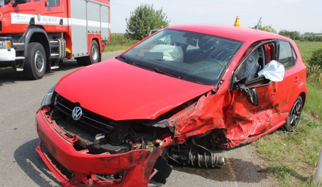 Nehoda u Olomouce skončila zraněním jednadvacetiletého řidiče