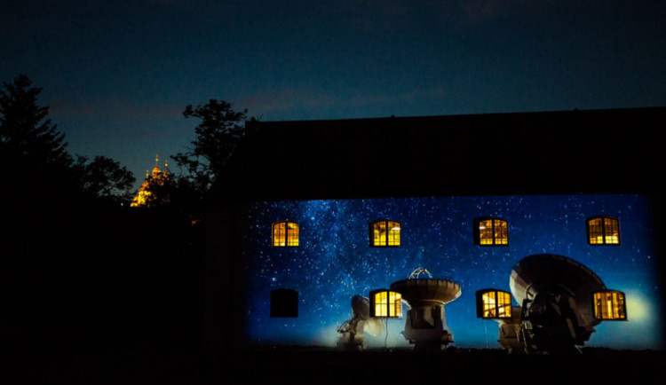 VÍKEND PODLE DRBNY: Užijte si Noc vědců, zúčastněte se Setkání Hanáků nebo zamlsejte na Garden Food Festivalu