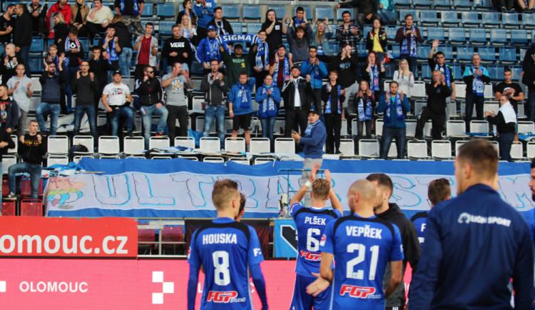 FOTOGALERIE: Sigma nevyužila oslabení Slovácka, které dohrávalo v deseti, remizovala 2:2