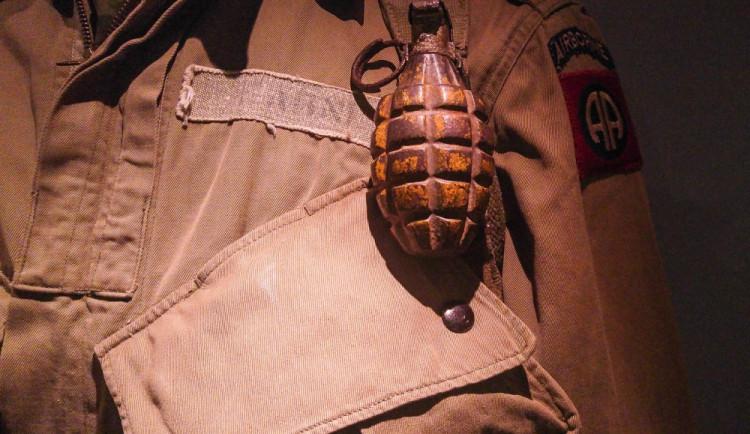 Pyrotechnik zasahoval u nalezeného granátu, evakuace ale nebyla nutná