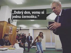 FOTOGALERIE: Zeman a aktivistka. To nejlepší z řádění internetových vtipálků