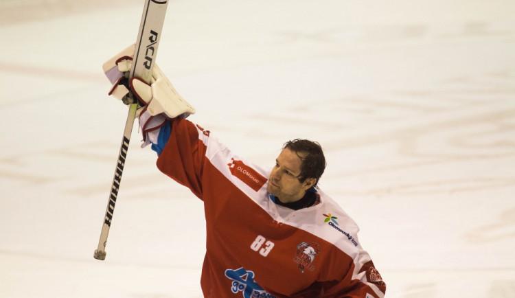 Kohouti po delší době vyhráli doma, Litvínov porazili 4:2