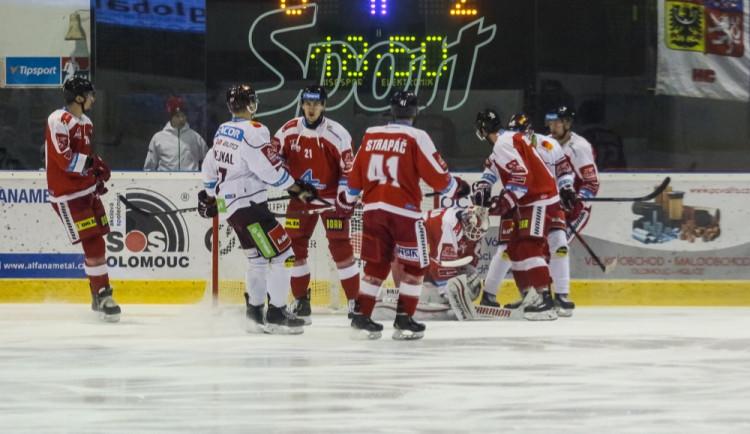 FOTOGALERIE: Mora byla proti Spartě bezzubá, na domácím ledě padla 0:3