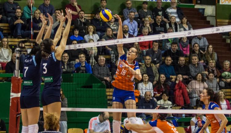 FOTOGALERIE: Olomoucké volejbalistky padly s Rumunkami v odvetném utkání Evropského poháru