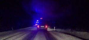 Hasiči v noci odstraňovali následky silného větru a vydatného sněžení